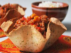CHILI CON TORTILLAS